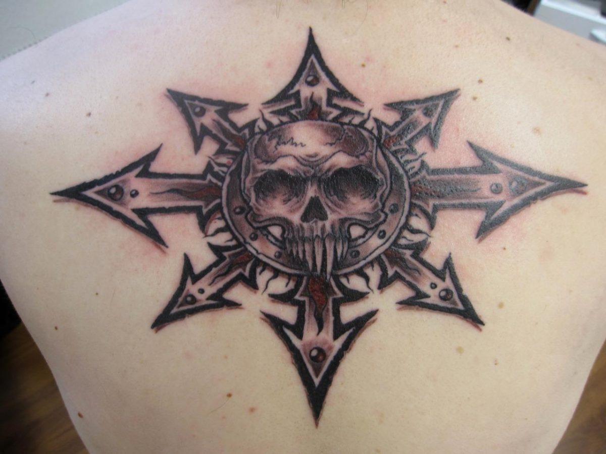 Фотография татуировки звезда хаоса