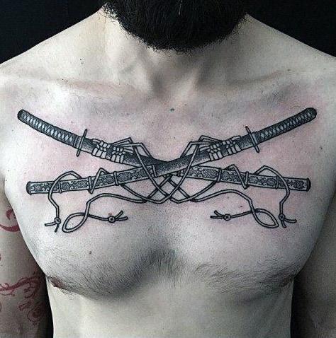 Татуировка с двумя катанами