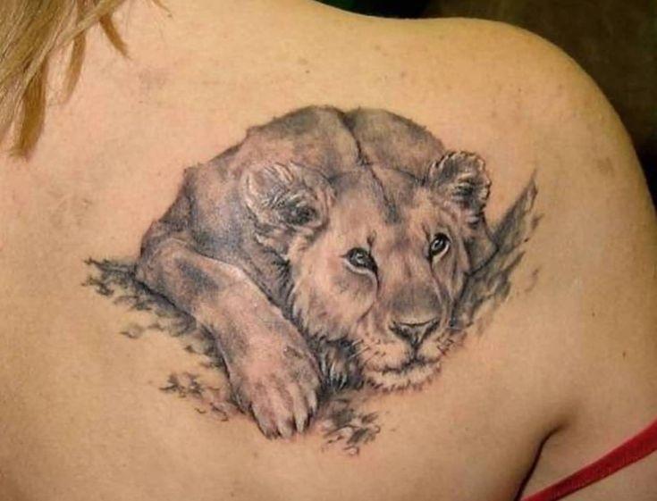 Тату львицы