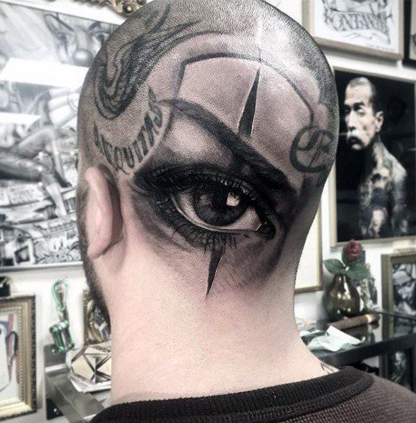 Реализм тату на голове глаз