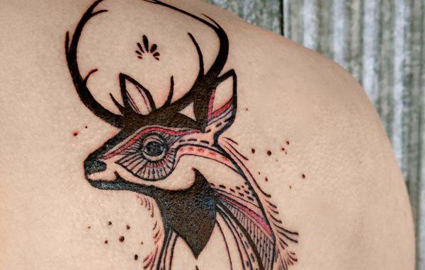 Значение тату олень