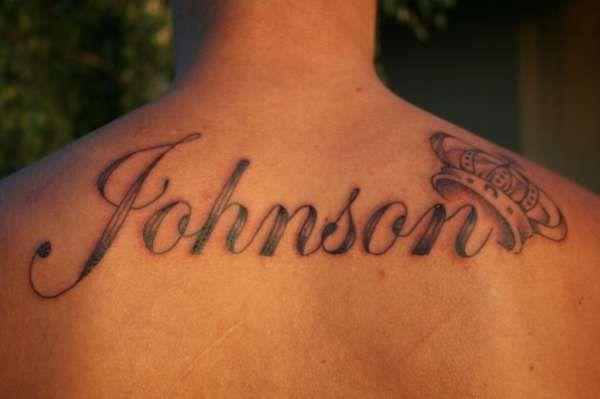 Мужские и женские татуировки с именами