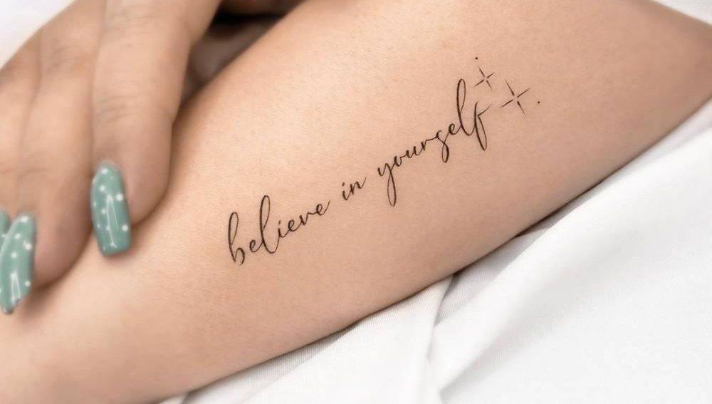 Фотографии татуировки для девушек надписи на руке